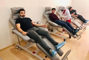 """""""Qızıl əlcək"""" idman klubu qanvermə aksiyasına qoşulub"""